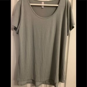 Plus size classic tee by lularoe new no tag